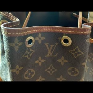 Louis Vuitton Bags - Vintage LV Louis Vuitton Petite Noe Monogram Bag